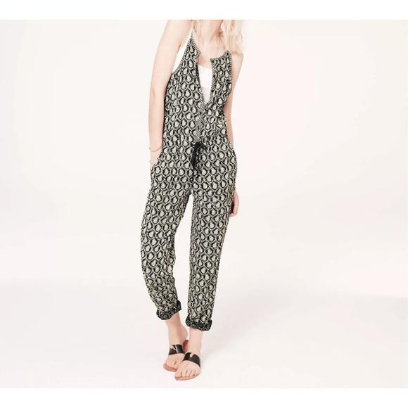 48d5441a804 Lou   Grey Pants - Lou   grey jumpsuit romper scallop print ...